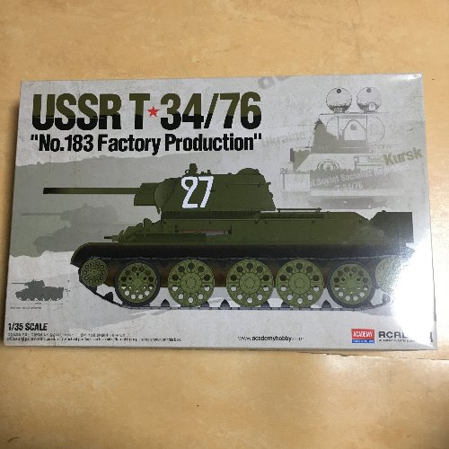 "ACADEMY USSR T 34/76 ""No.183 Factory Production(183 공장 생산형)"""